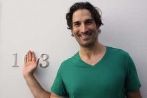 1512 – Sitting Pretty with Gary Gulman
