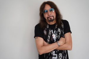 2308 – Getting into the Groove with Ace Frehley